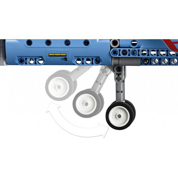 LEGO Technic - Versenyrepülő - 42066
