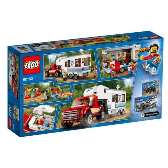 LEGO City - Furgon és lakókocsi 60182