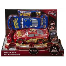Verdák 3 Change & Race 3 az 1-ben átalakítható Villám McQueen Előnézet