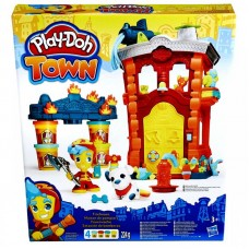 Play-Doh: Town - Tűzoltó állomás gyurmakészlet Előnézet